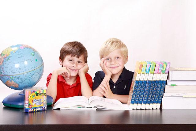 早期教育のメリット・デメリットとは|種類と2つのポイントも
