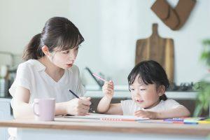 幼児教育の効果とは|メリット・デメリットから実施時のポイントまで