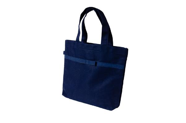 リボン付き 紺色布製レッスンバッグ【小】